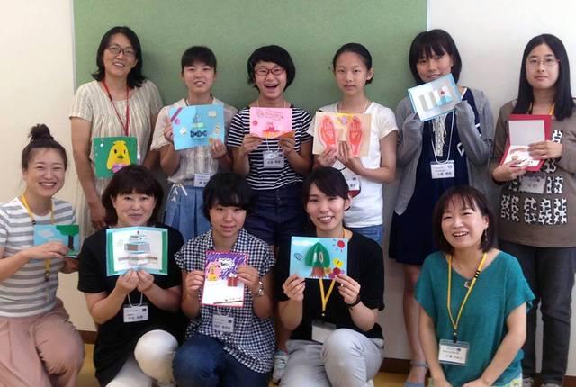 8月の電子工作体験に参加した中高生やその保護者とWiT...